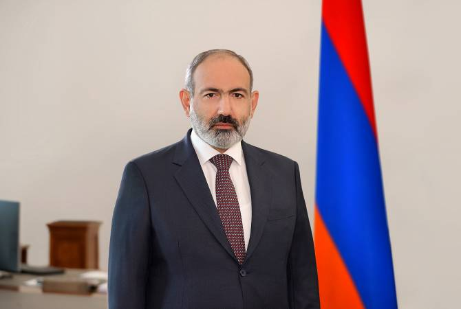 Премьер-министр поздравил с 31-й годовщиной принятия Декларации независимости
