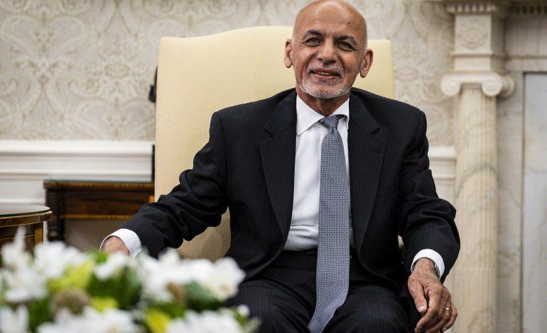 Աֆղանստանի նախագահը փախել է փողով լցված մեքենաներով․ ՌԴ դեսպանություն