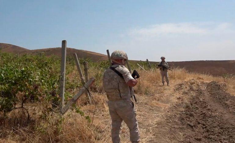 Российские миротворцы обеспечили безопасный сбор винограда на отдаленных плантациях в Нагорном Карабахе