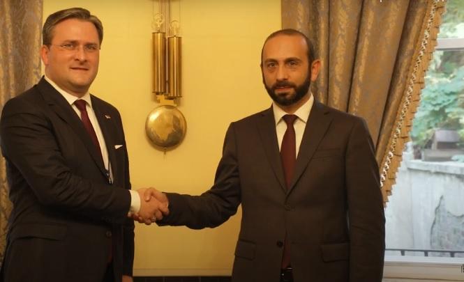 Սերբիայի ԱԳ նախարարի հետ հանդիպմանը Արարատ Միրզոյանը շեշտել է Ադրբեջանում պահվող հայ ռազմագերիների և քաղաքացիական պատանդների անվերապահ հայրենադարձման հրատապությունը