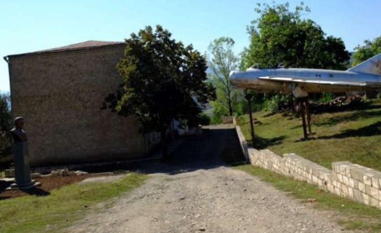 ՌԴ ՊՆ-ն և ԱԳՆ-ն արձագանքել են Ադրբեջանի կողմից հայազգի մարշալ Սերգեյ Խուդյակովի հուշարձանի ոչնչացմանը