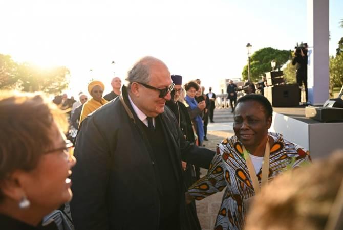 Президент РА на острове Св. Лазаря присутствовал на церемонии вручения премии Aurora  Джульен Лусенге